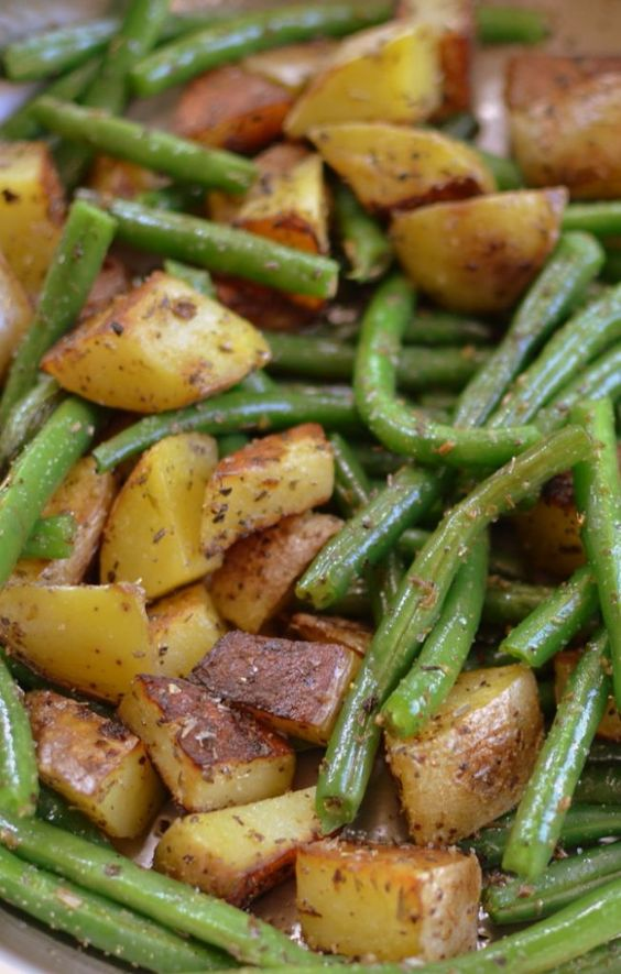 Pan-Fried-Potatoes-and-Green-Beans