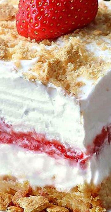 No-Bake-Strawberry-Cheesecake-Lasagna
